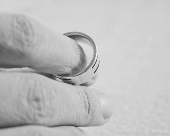 Válás-, szakítás feldolgozás